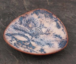 Small blue patterned trinket dish