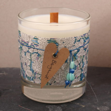 Bergamot Ecosoy handpoured candle with woodwick