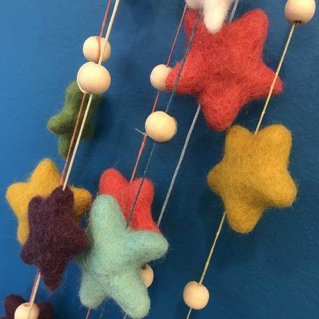 Woolfelt star and wooden bead garland