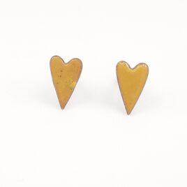 Copper enamel elongated heart studs in caramel.