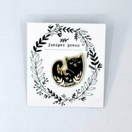 Black cat – enamel pin