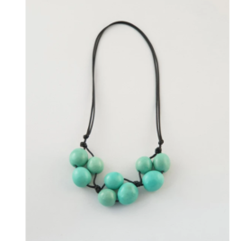 Bolota adjustable necklace in minty green
