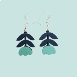 Elsa – Scandinavian folk inspired flower drop earrings turquoise