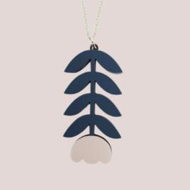 Mia – Scandinavian folk inspired pendant pale pink