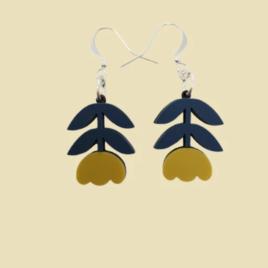 Dahlia – Scandinavian folk inspired flower drop earrings mustard