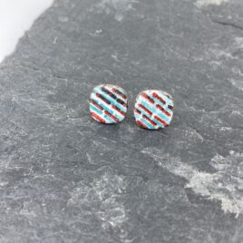 Bold Graphic line ear studs